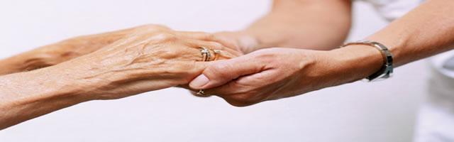 Donne anziane vittime sessuali