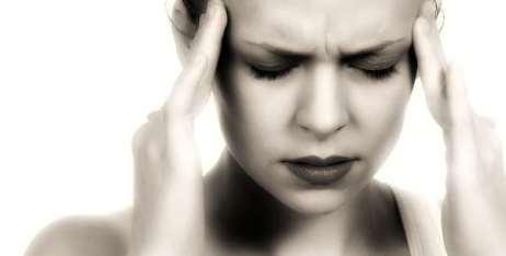 mal-di-testa-depressione-b4u